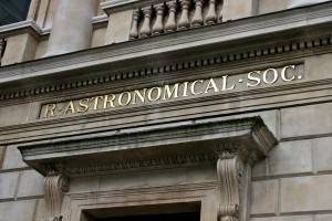 Entrance_to_the_Royal_Astronomical_Society_1